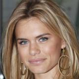 Nicolette van Dam beauty icoon