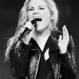 Laura van den Elzen Idols