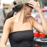 Kendall Jenner strak