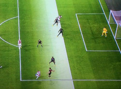 Ajax Chelsea VAR