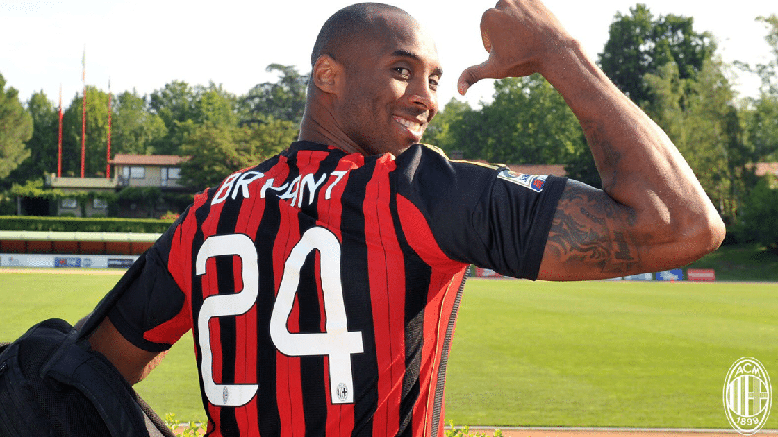 Kobe Bryant in AC Milan-shirt © Twitteraccount AC Milan