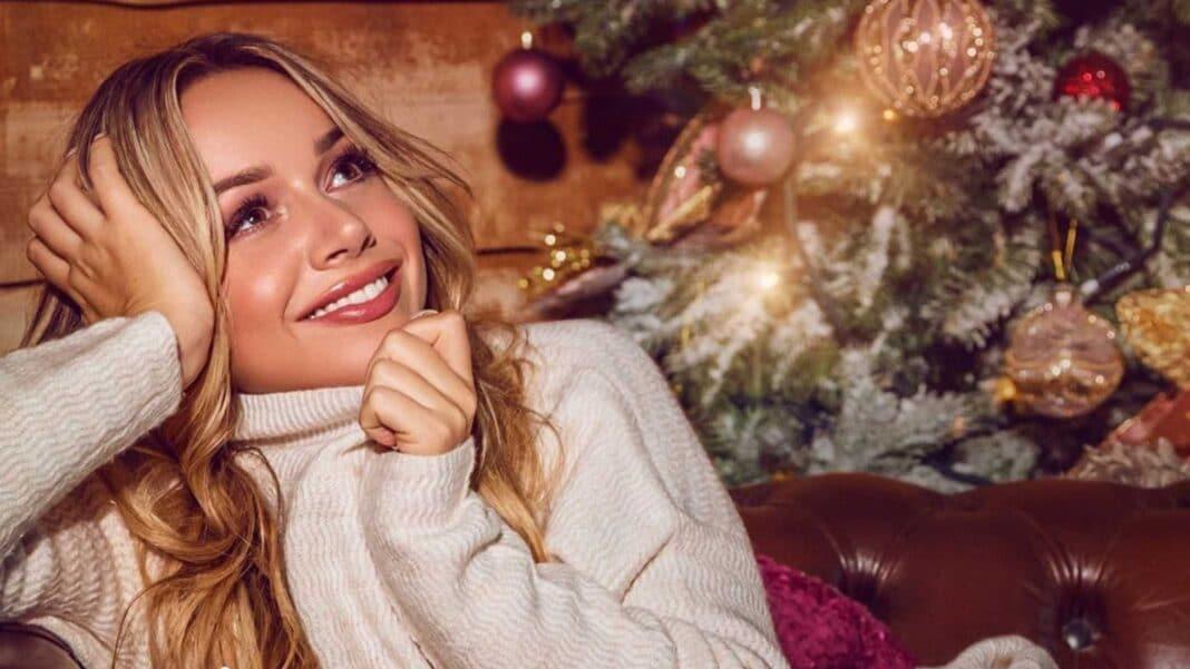 Emma Heesters nieuwe clip video Als de eerste sneeuw valt muziek videoclip kerstsingle