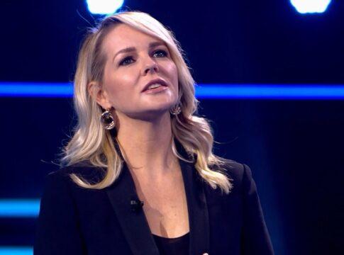 Chantal Janzen moet vies woord uitleggen op televisie