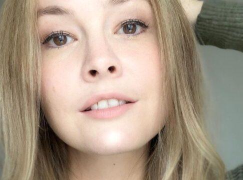 Milou Rietjens Boer Zoekt Vrouw BZV handdoekje instagram is it too much outfits kleding