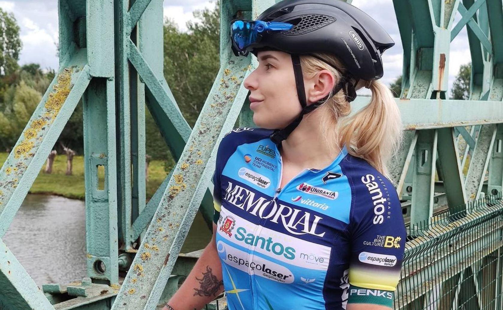 Tara Gins wielrennen foto's ontslag