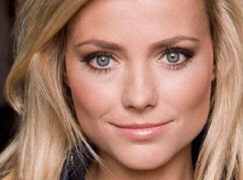 Gigi Ravelli actrice presentatrice blondine lorena GTST